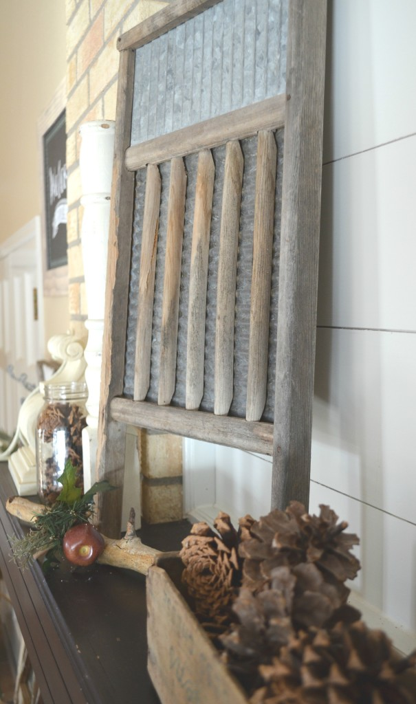 Simple Winter Decor Farmhouse Style