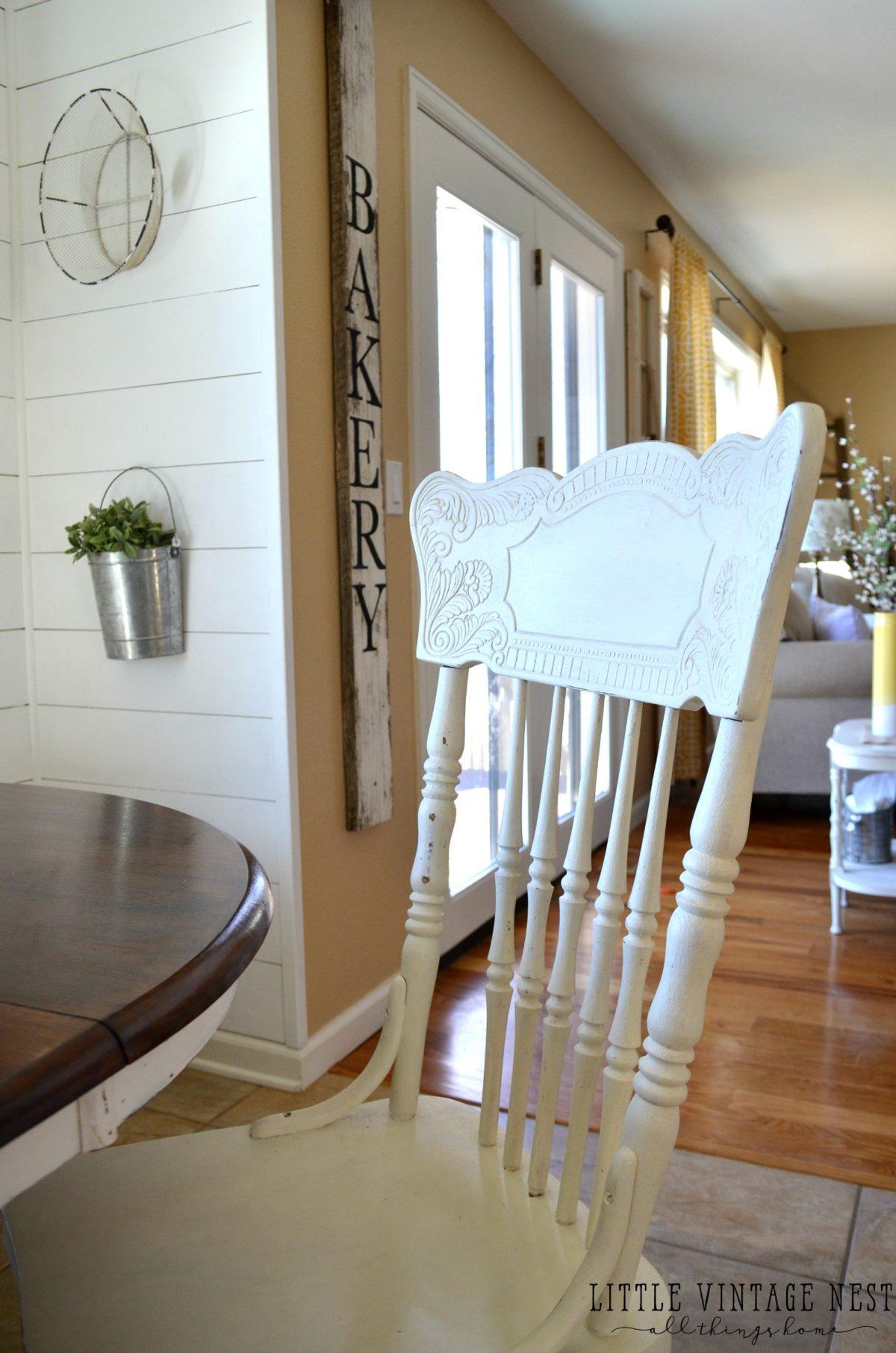 Friday Flip: Farmhouse Chairs