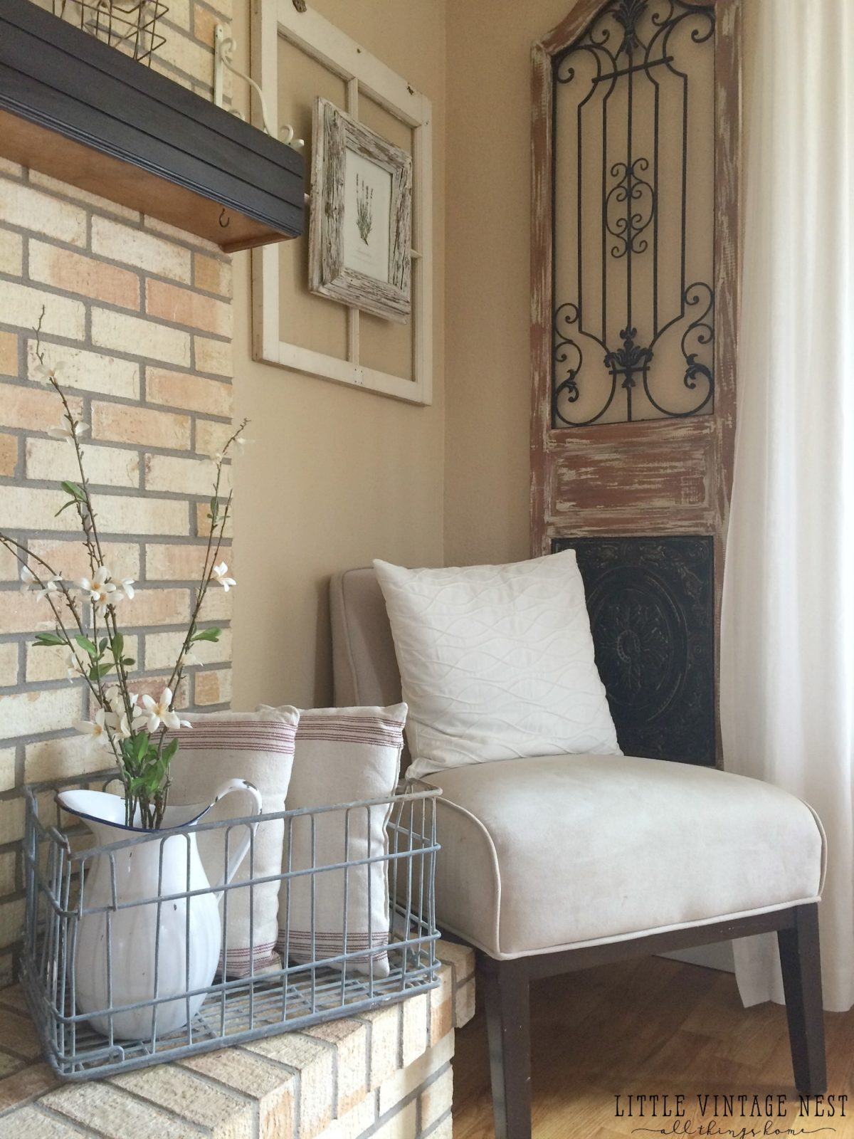 How to Get Farmhouse Style in your Home: Vintage Milk Crate