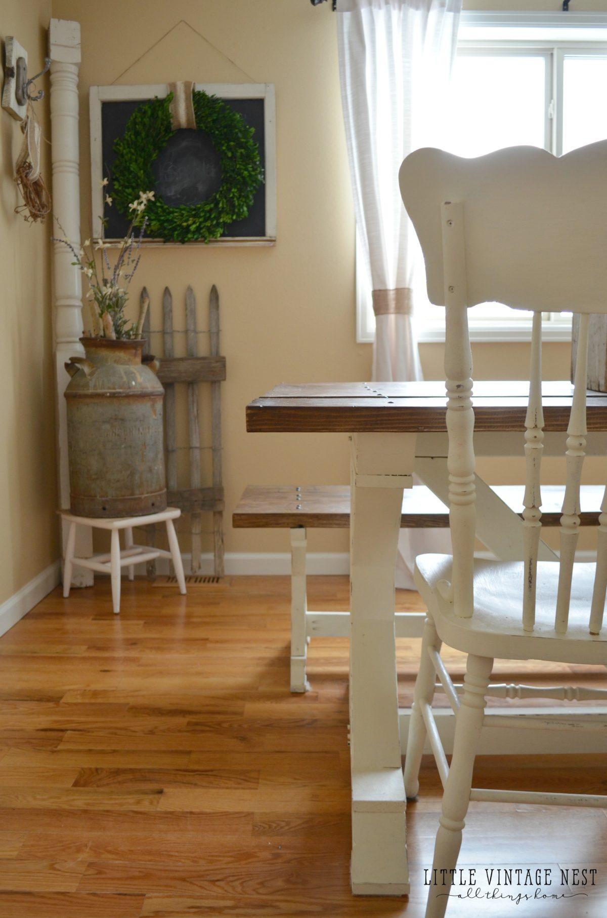 Spring Tour Farmhouse Table and Vintage Decor