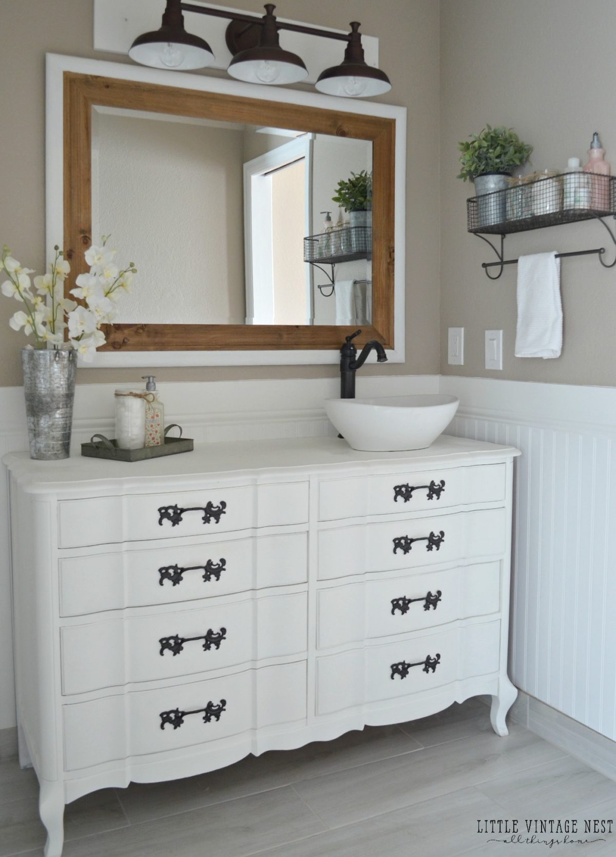 Farmhouse Bathroom Reveal 4