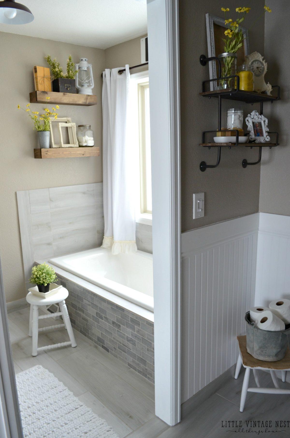 Farmhouse Master Bathroom Reveal - Little Vintage Nest on Farmhouse Bathroom  id=55500