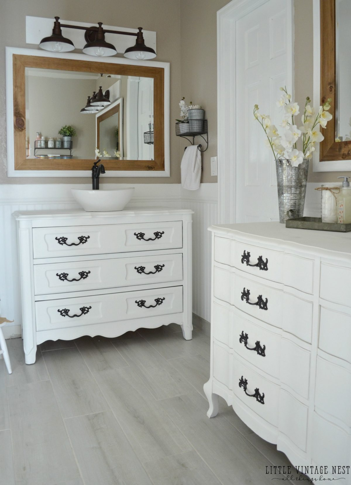 Farmhouse Bathroom Makeover