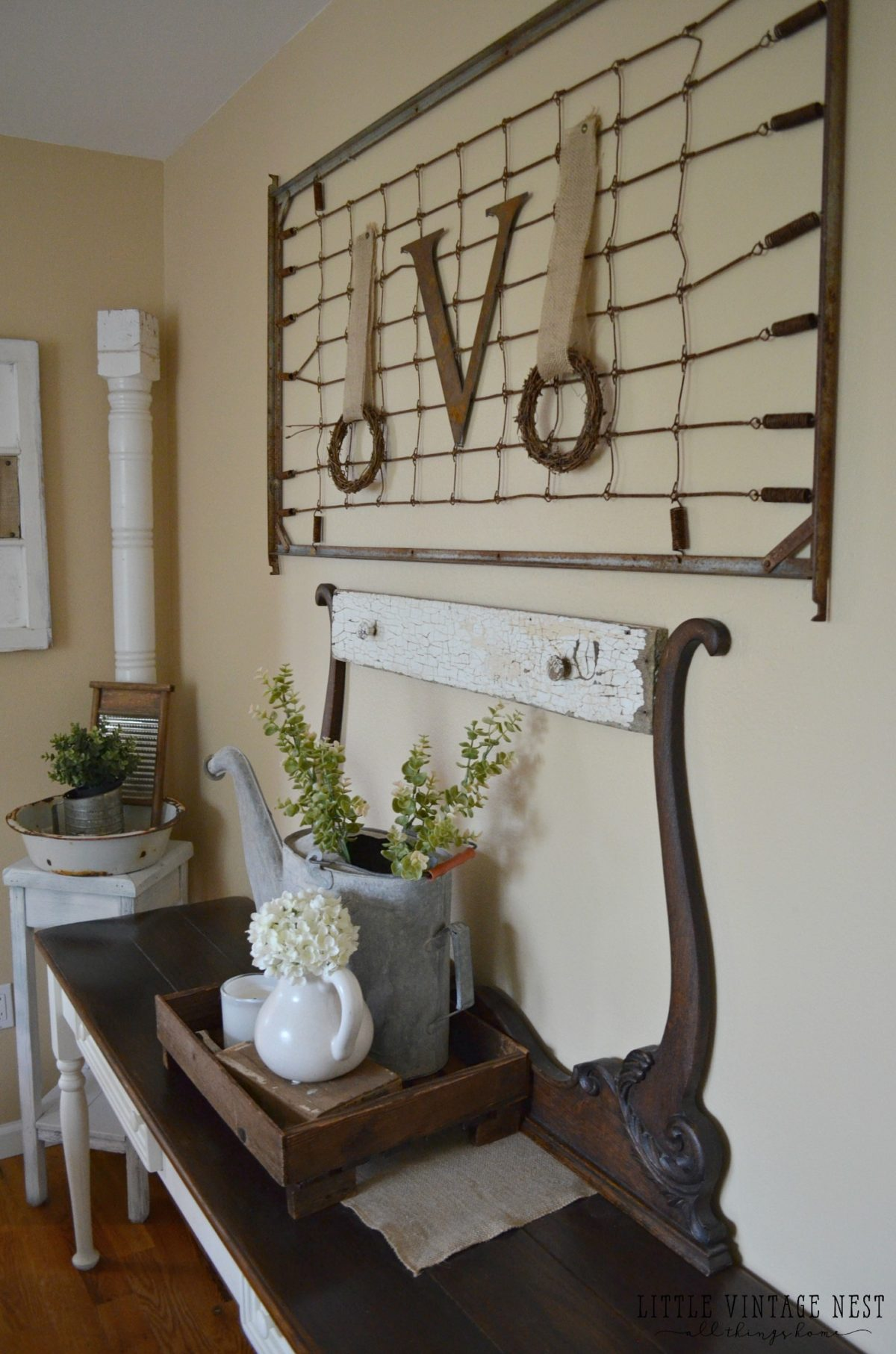 Nice Vintage Decor Part - 14: How To Decorate With Vintage Decor Vintage Crib Spring
