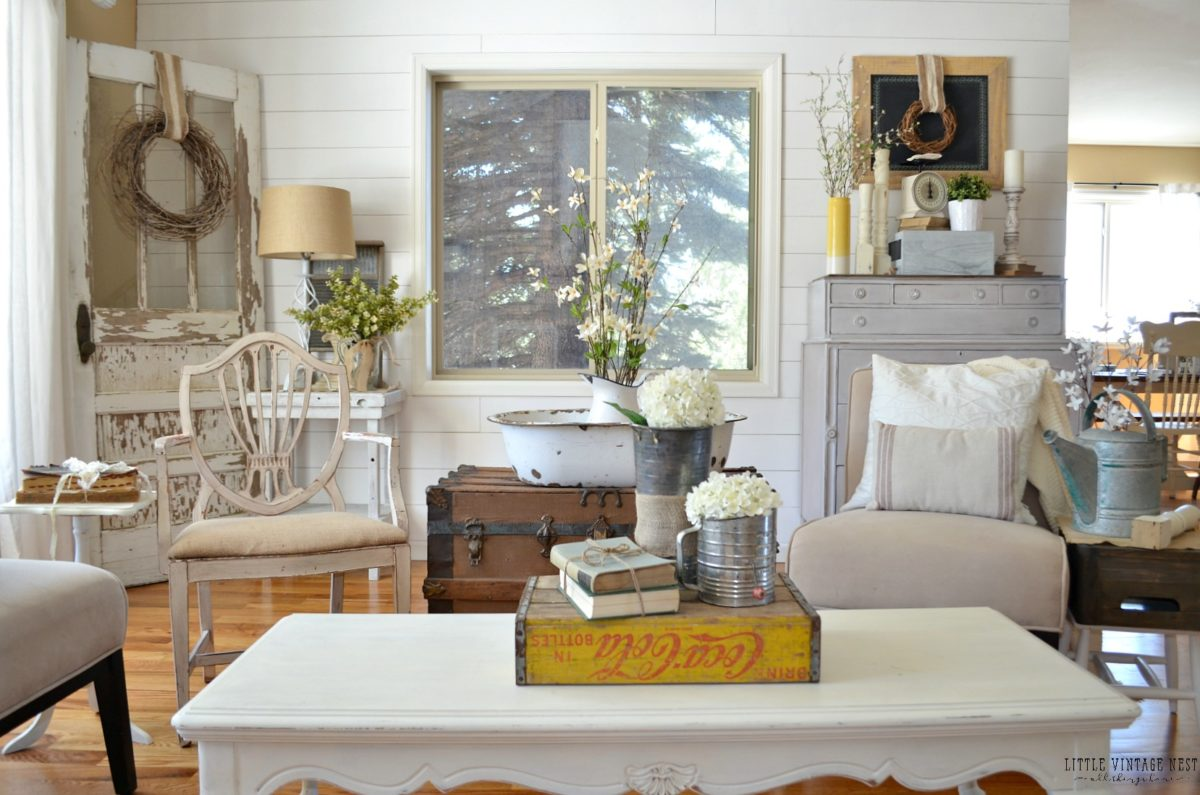 Rustic Vintage Antique Wood Farmhouse House Design And Decorating Ideas