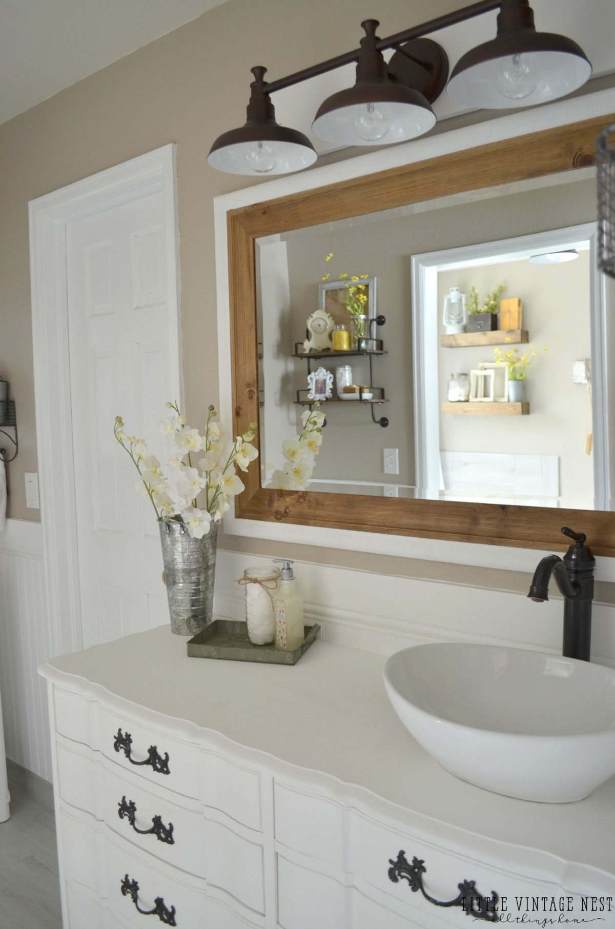 Vintage Farmhouse Master Bathroom