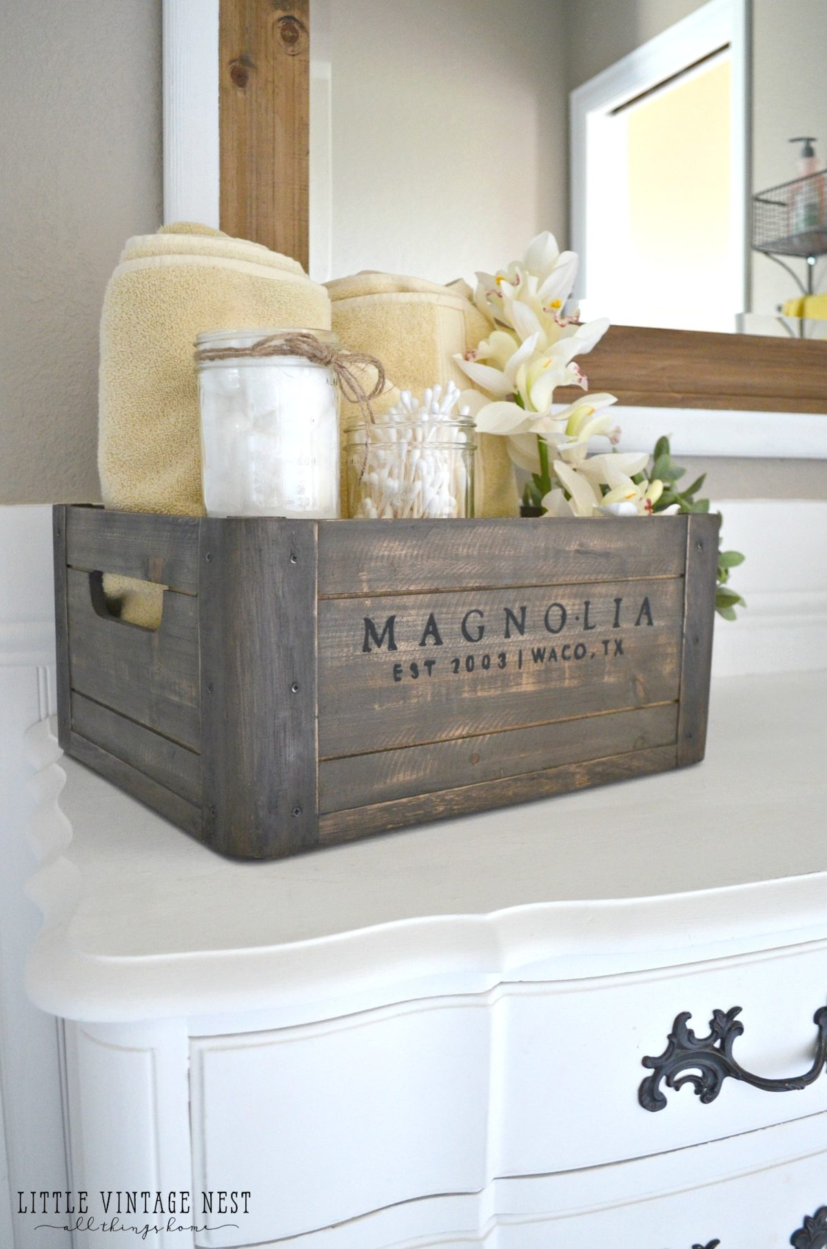 5 ways to style a wooden crate little vintage nest for Bathrooms in style