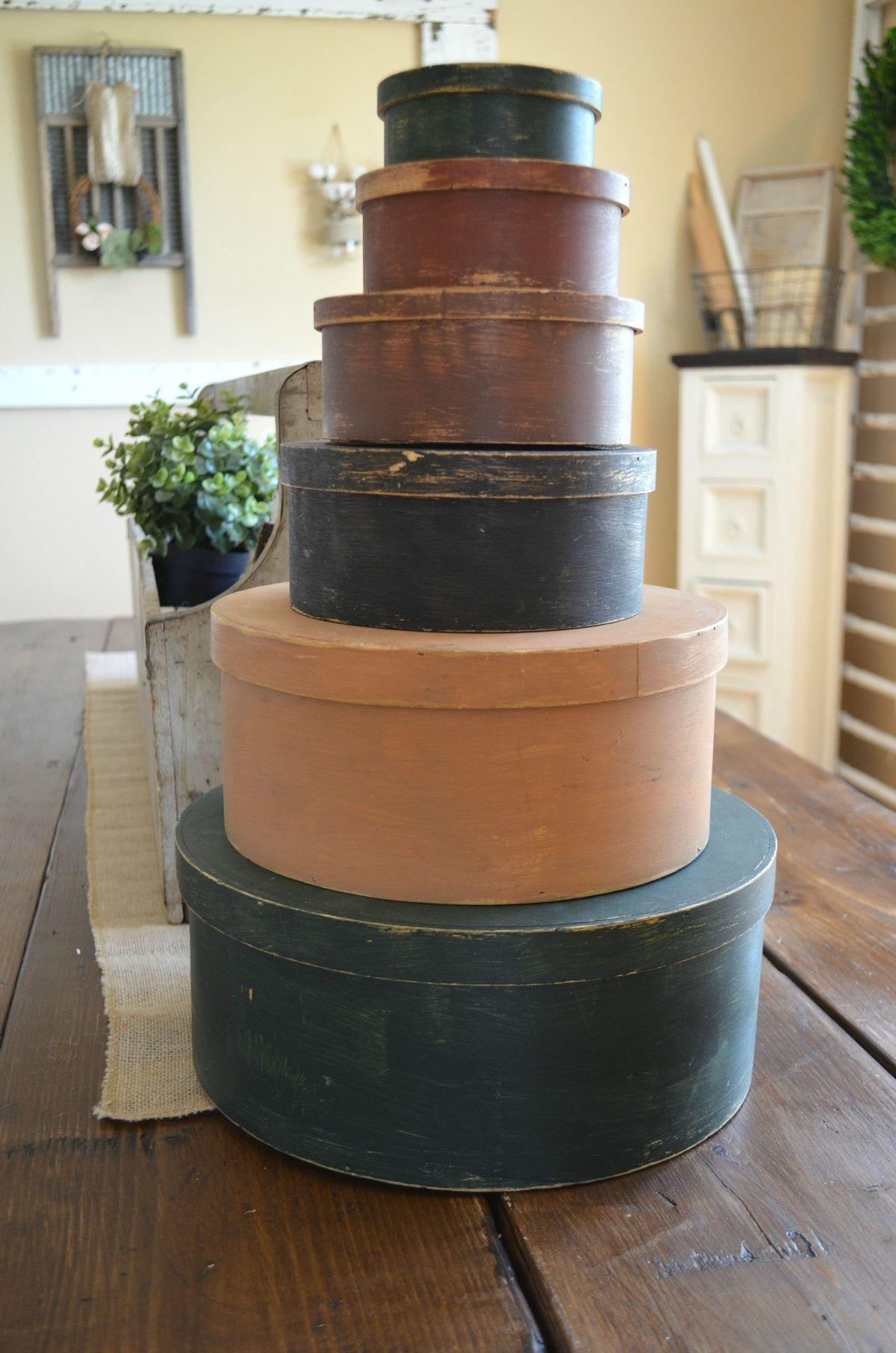 Spring Vintage Centerpiece with Hat Boxes
