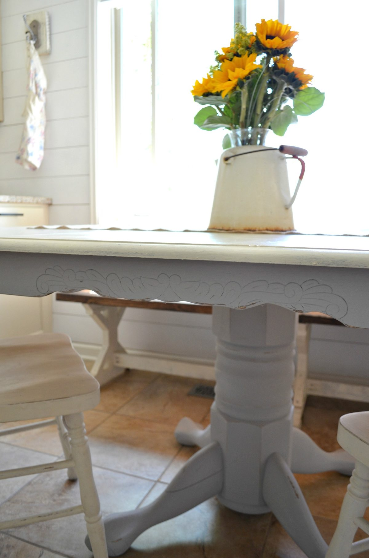 Painting kitchen table with chalkboard paint for Painted dining table before and after