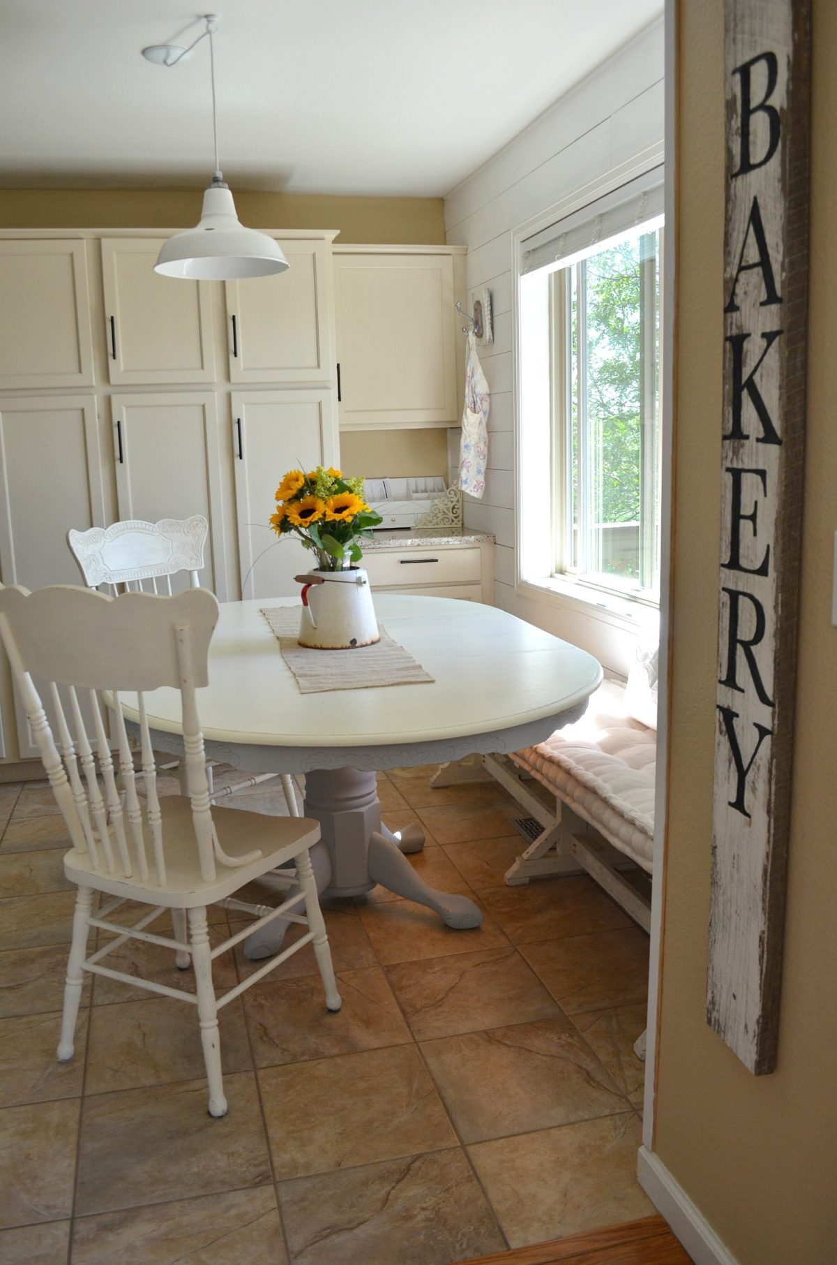 DIY Chalk Painted Farmhouse Style Table. Chalk Paint Dining Table Makeover   Little Vintage Nest