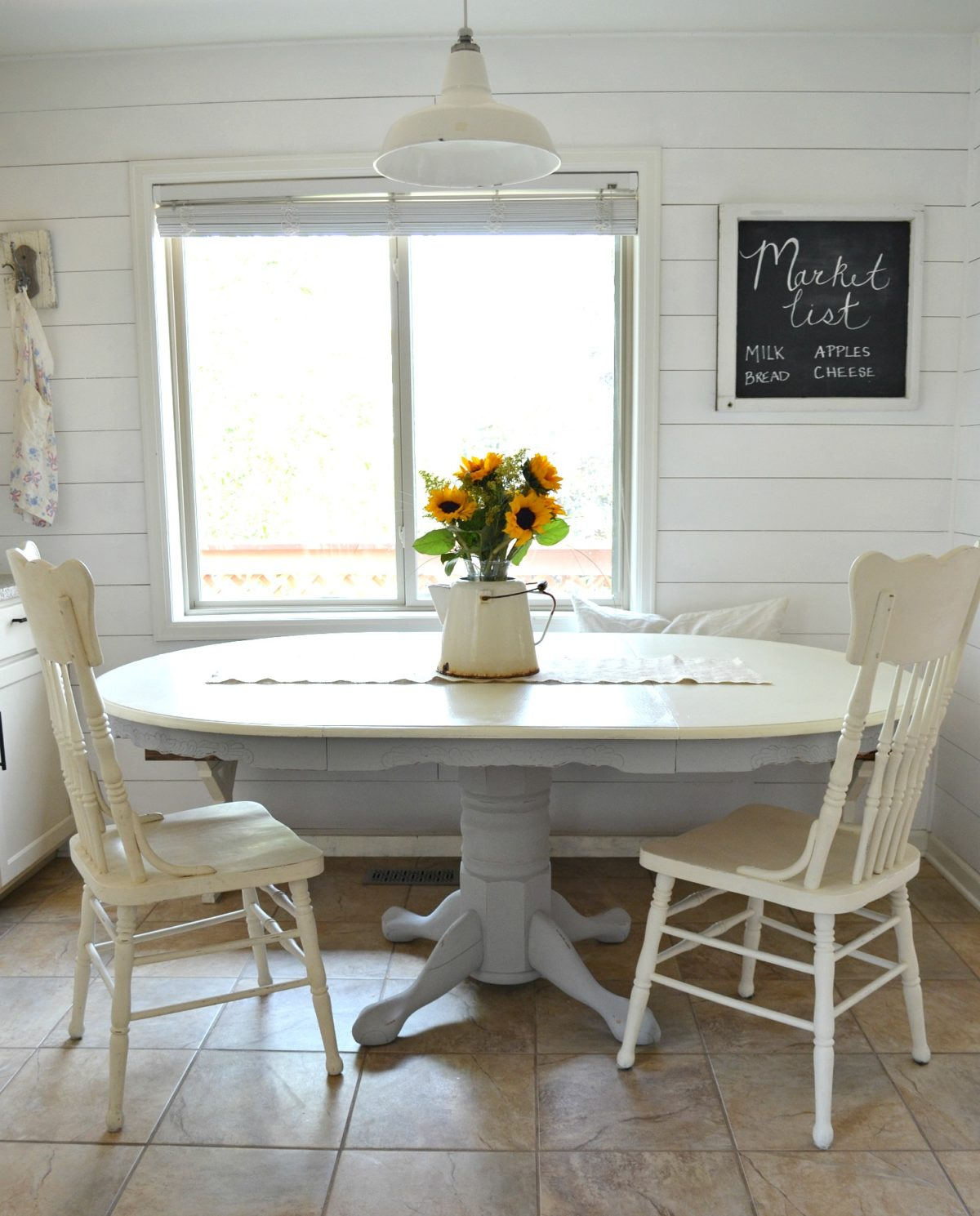 Painted Family Kitchen With Dining Nook: DIY Dining Table Makeover Breakfast Nook