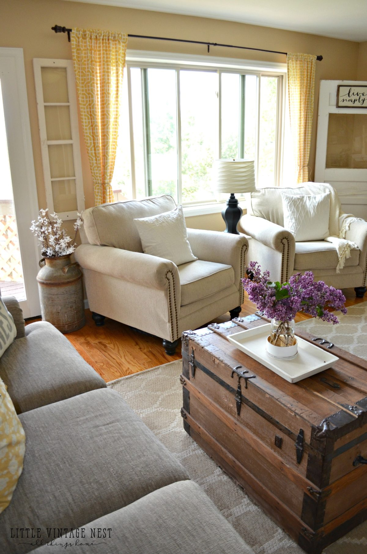 How i transitioned to farmhouse style little vintage nest - Two sofa living room design ...