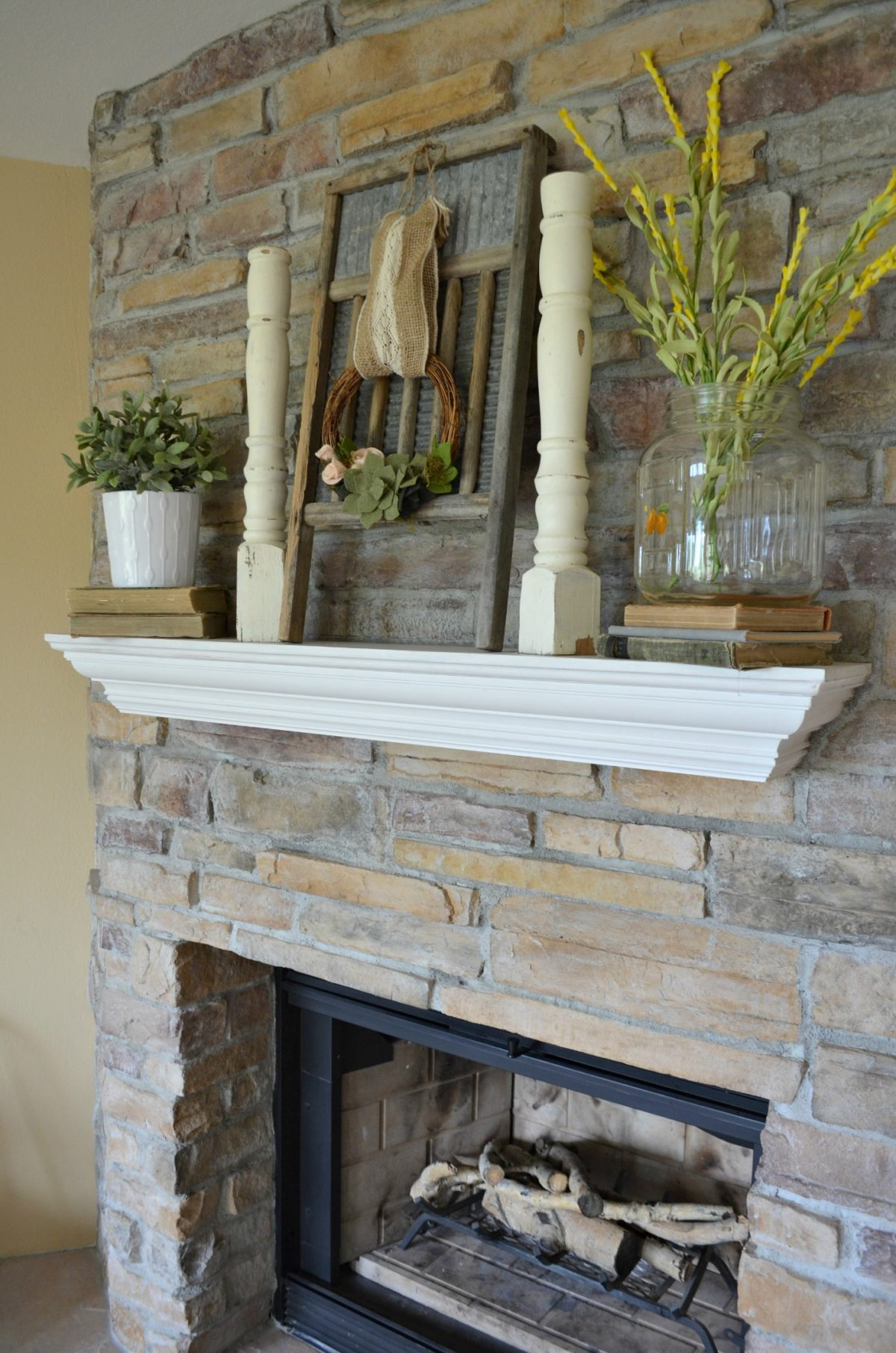 Simple Summertime Mantel and Old Glass Jar