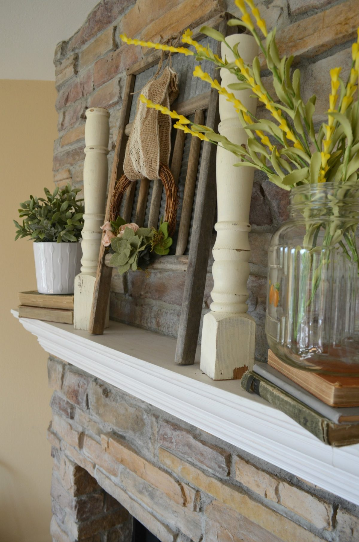 Vintage Style Summer Mantel and Old Glass Jar