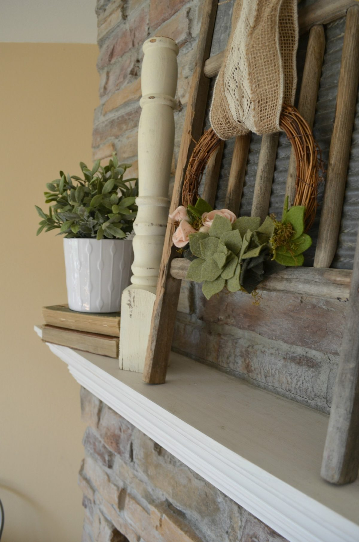 Vintage Style Summer Mantel and washboard