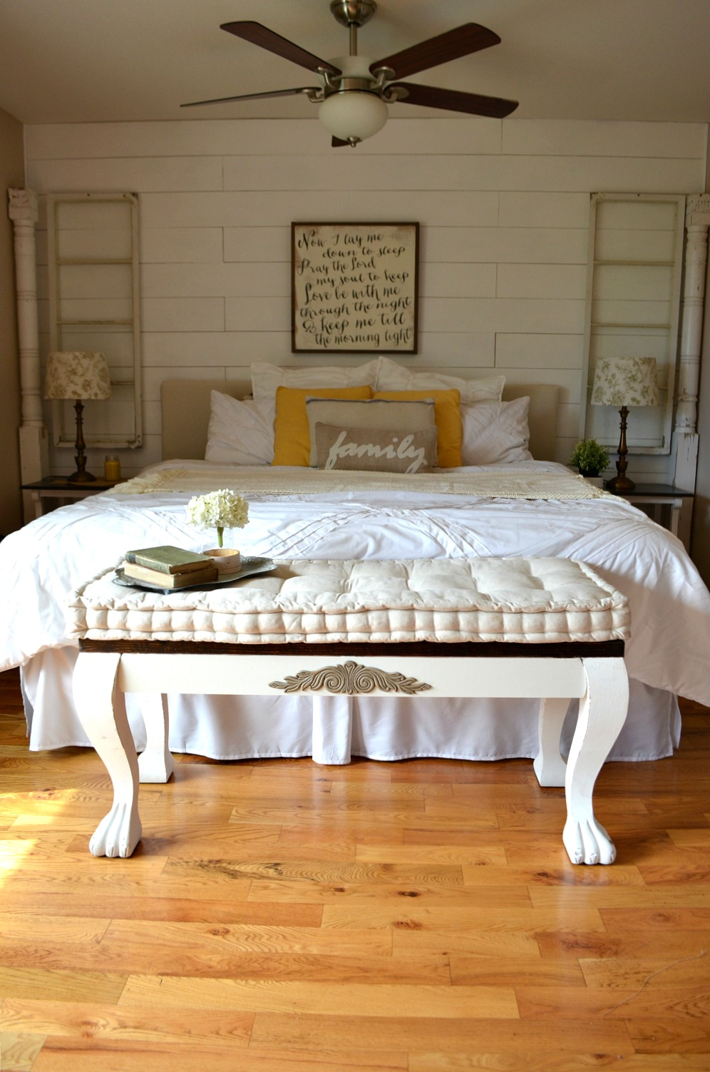 DIY Vintage Bedroom Bench