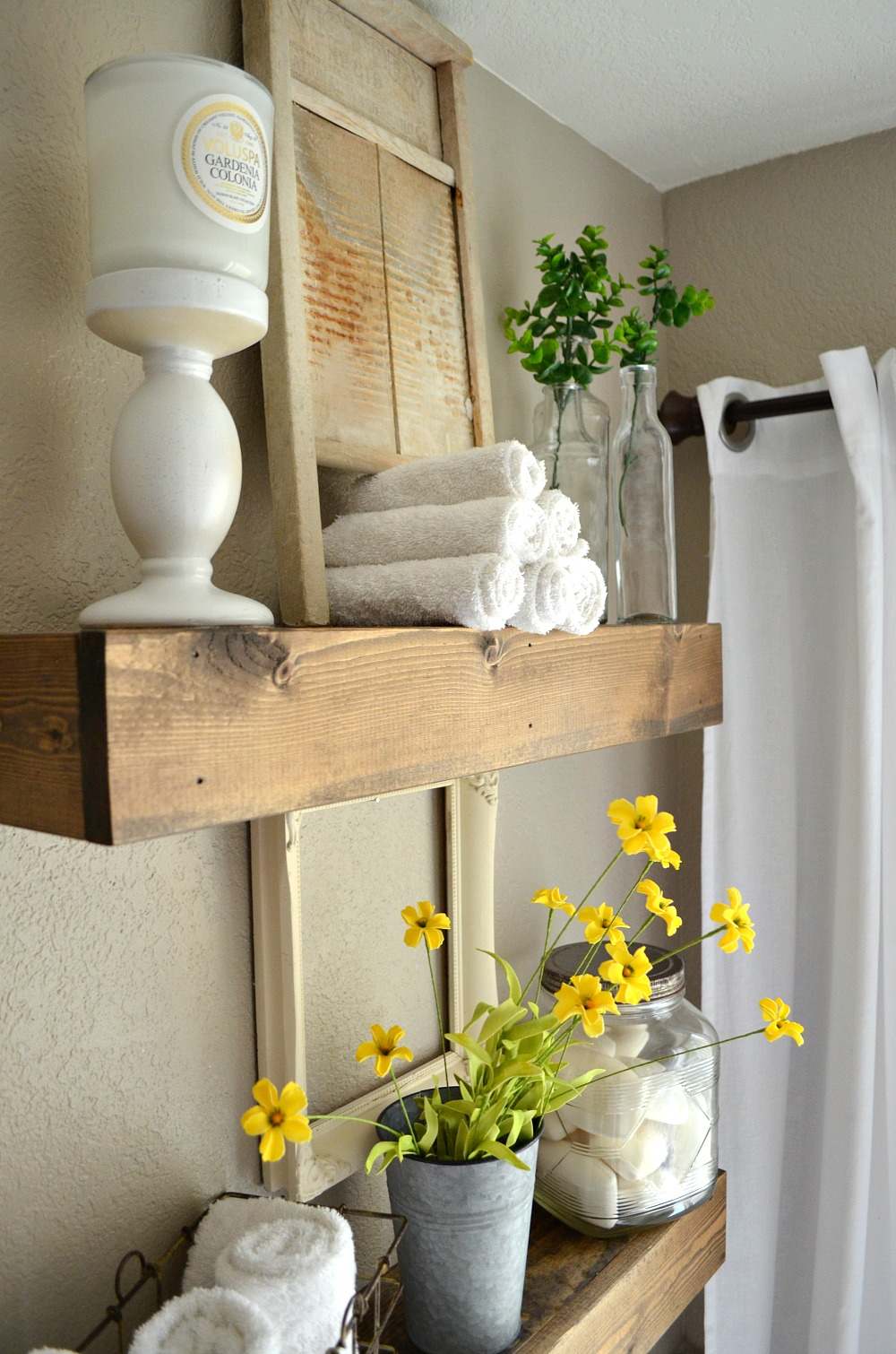 Farmhouse Style Bathroom Decor : How to easily mix vintage and modern decor little