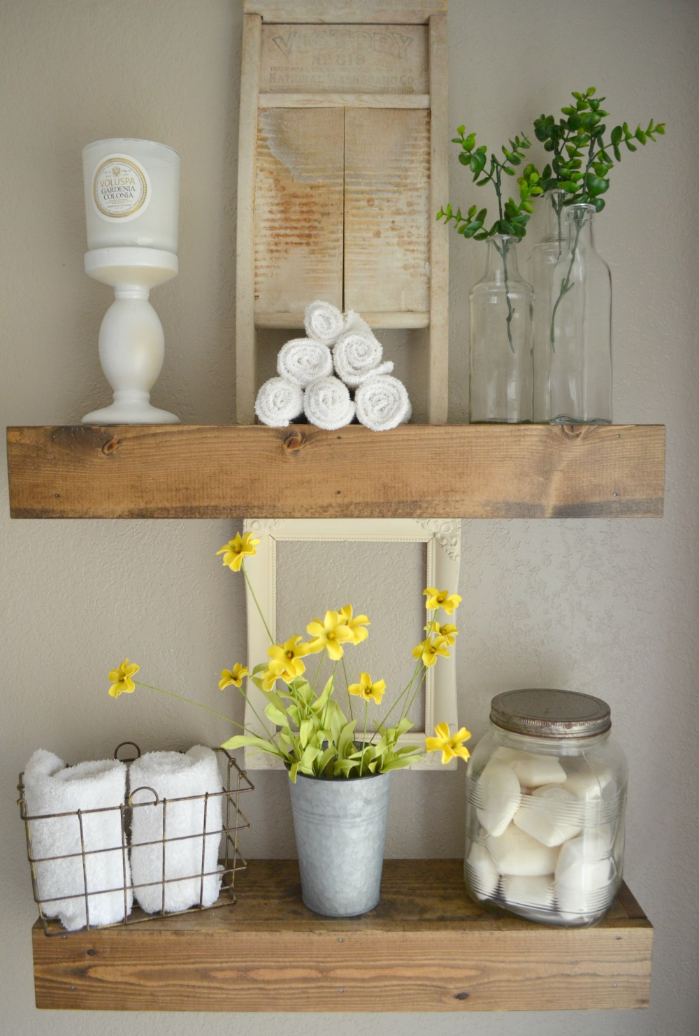 How to easily mix vintage and modern decor little vintage nest - Modern bathroom decorations ...