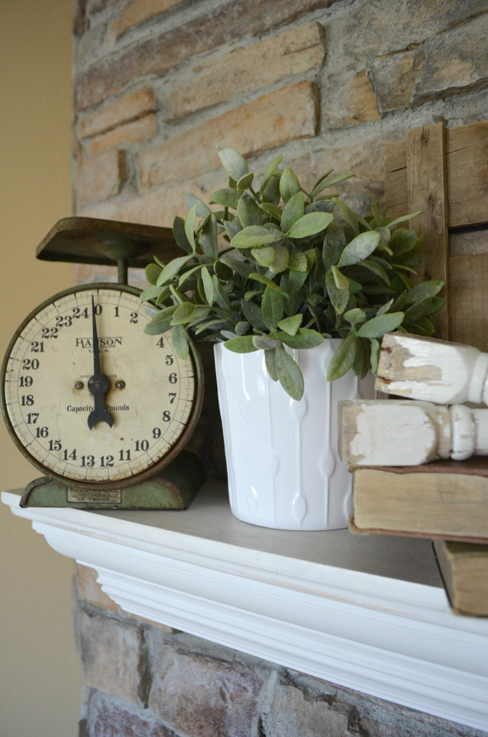 4 Tips for Decorating the Mantel - Little Vintage Nest