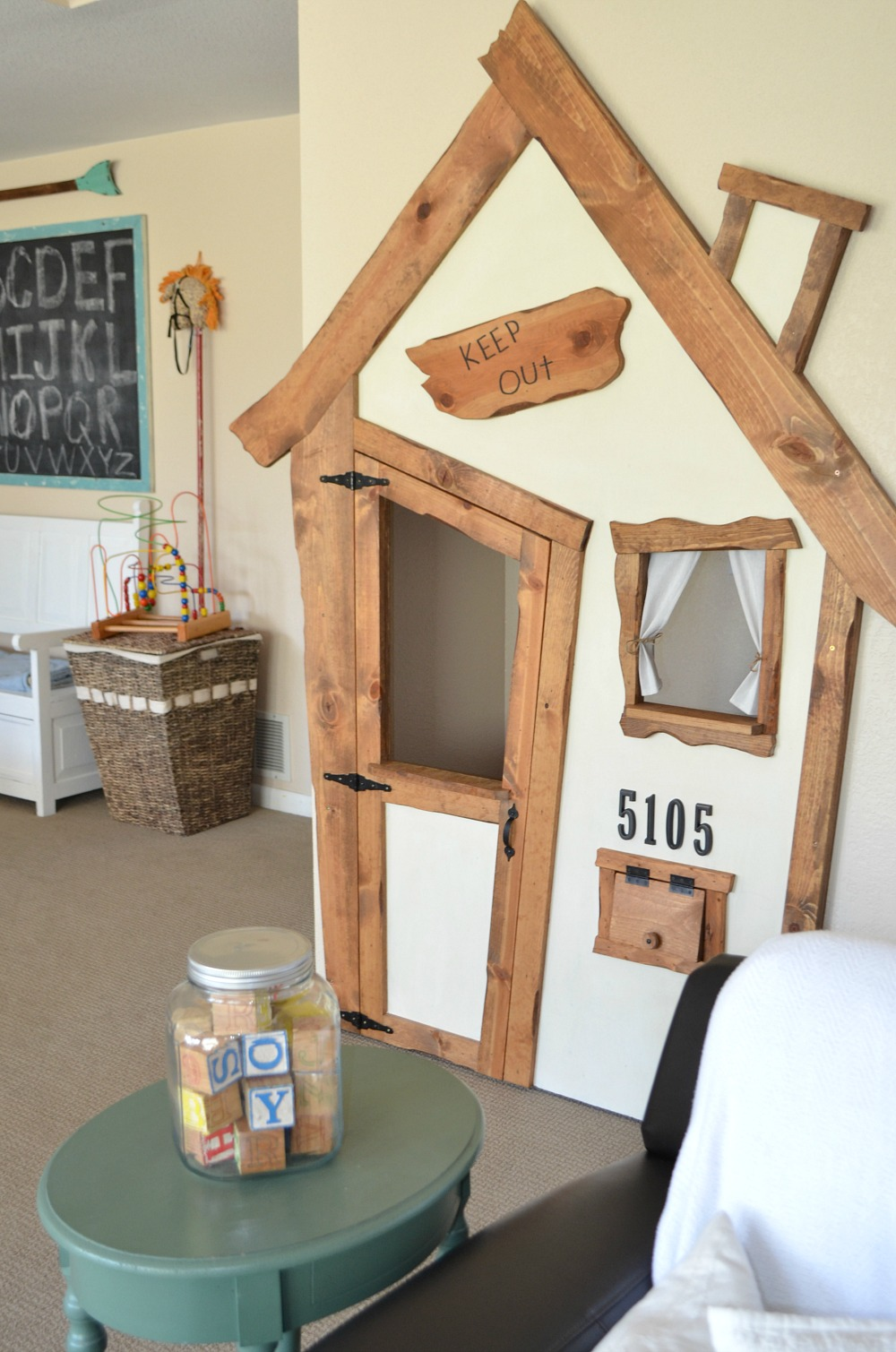 indoor playhouse DIY