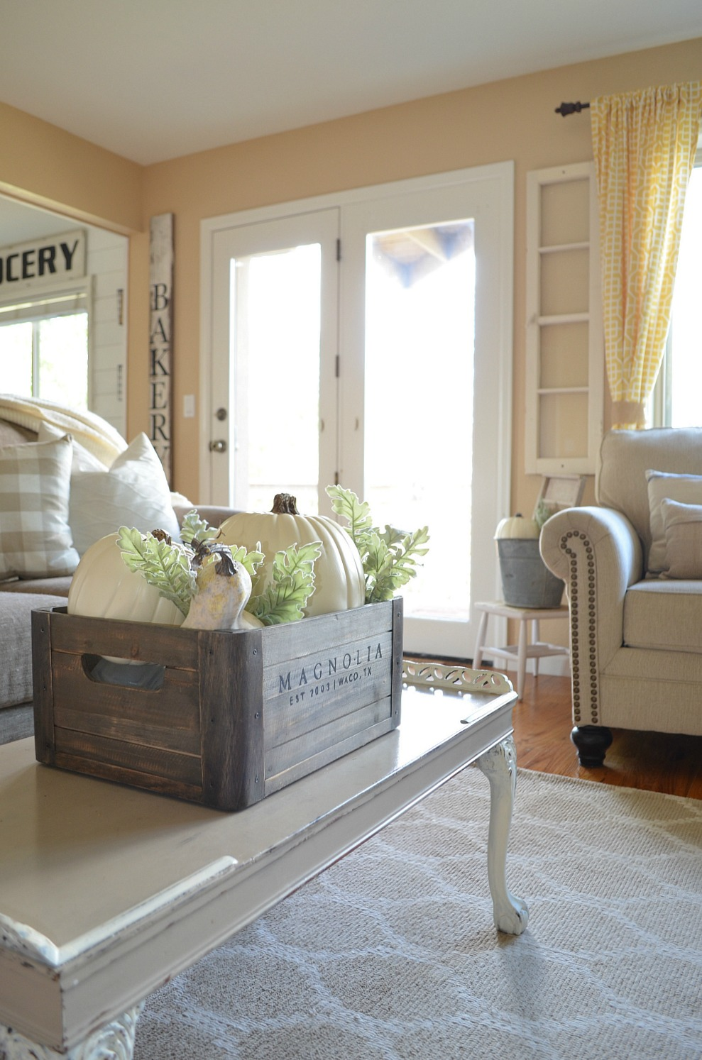 farmhouse style living rooms cozy farmhouse fall living room tour vintage nest 16598
