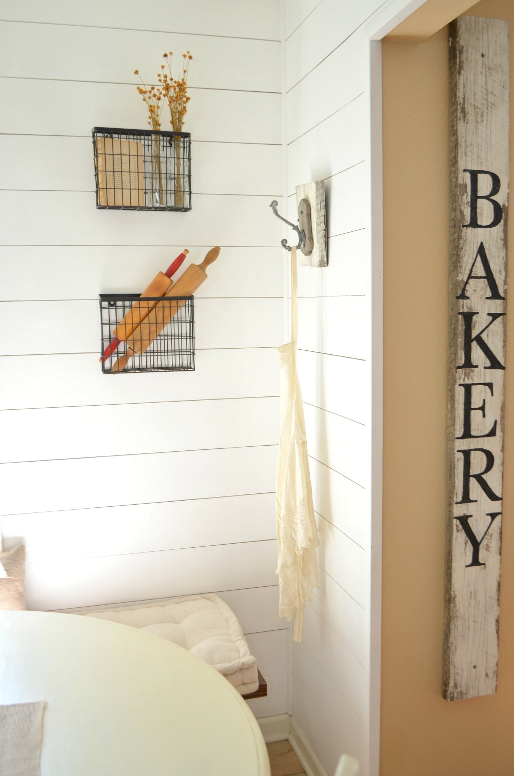 Farmhouse Kitchen Breakfast Nook with Planked Wall