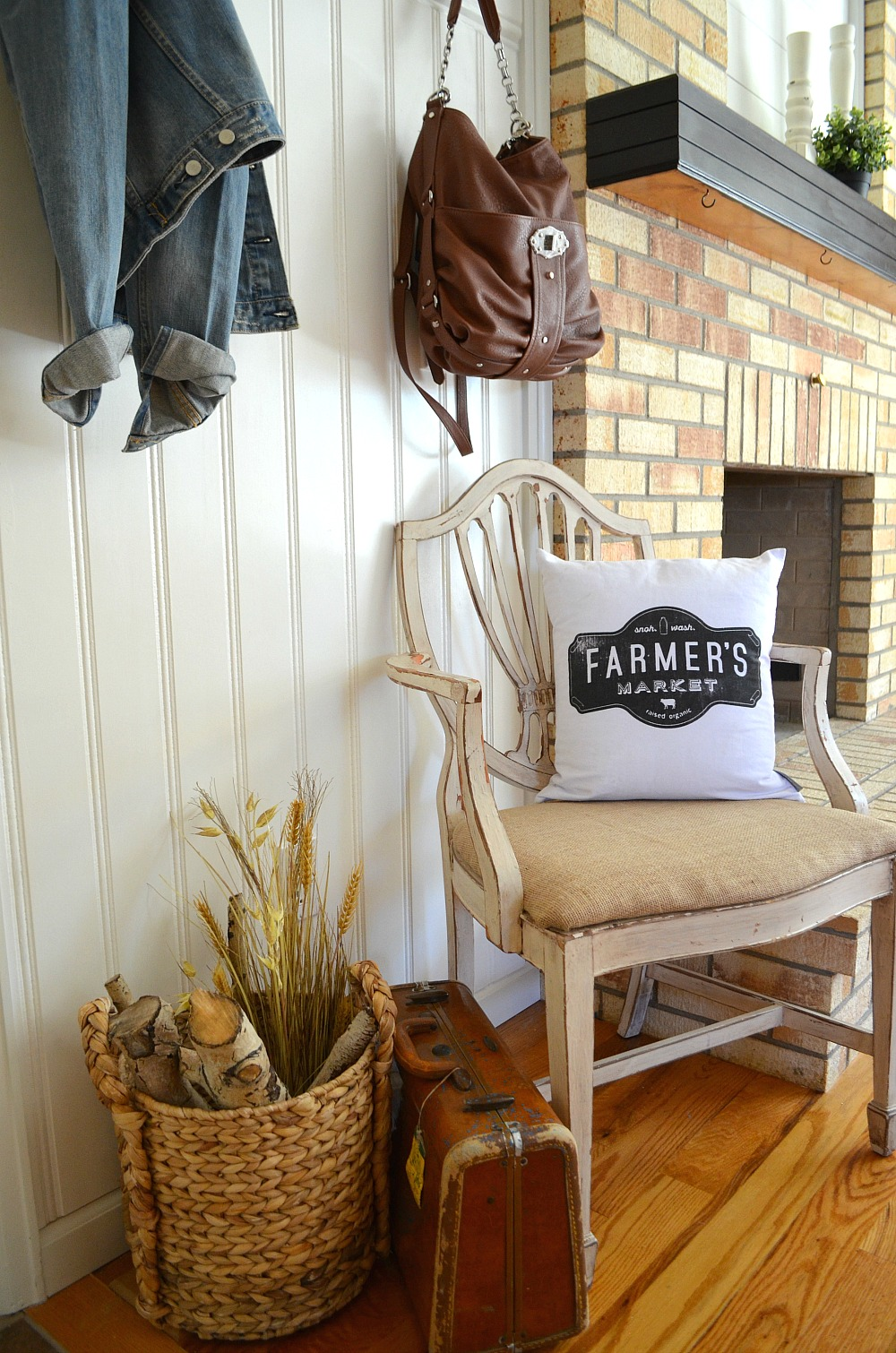 Front Entryway Makeover Farmhouse Style