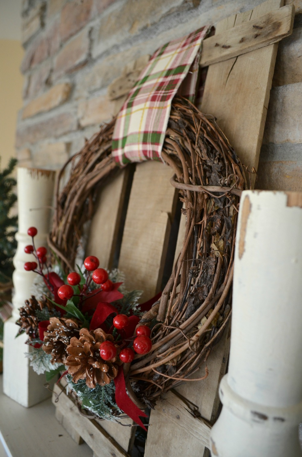 Easy diy christmas wreath little vintage nest Simple christmas wreaths