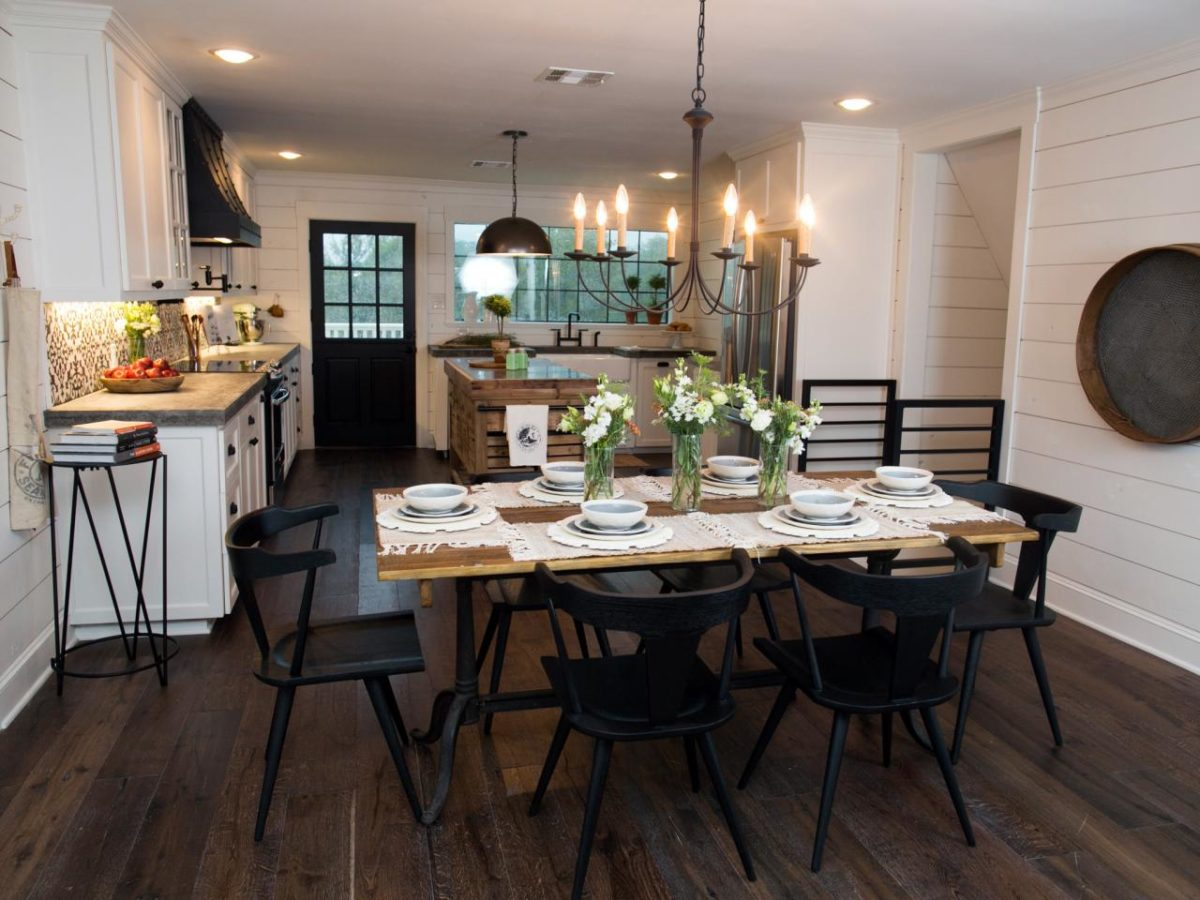 Country Decorated Homes Favorite Fixer Upper Dining Rooms