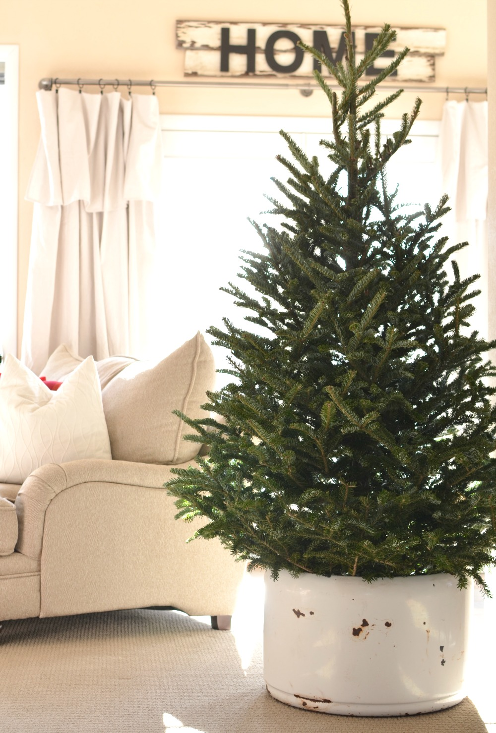 Decorate Your Home For Christmas how to transition from christmas to winter decor