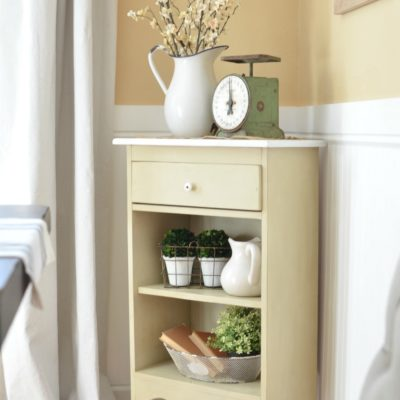 Easy Farmhouse Cabinet Makeover