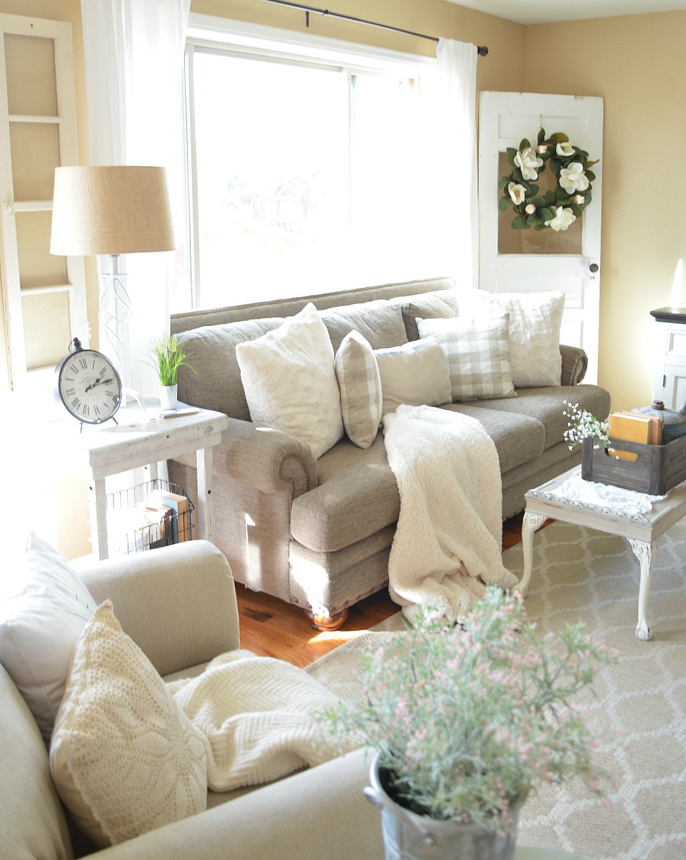 Green Living Room Shabby Chic
