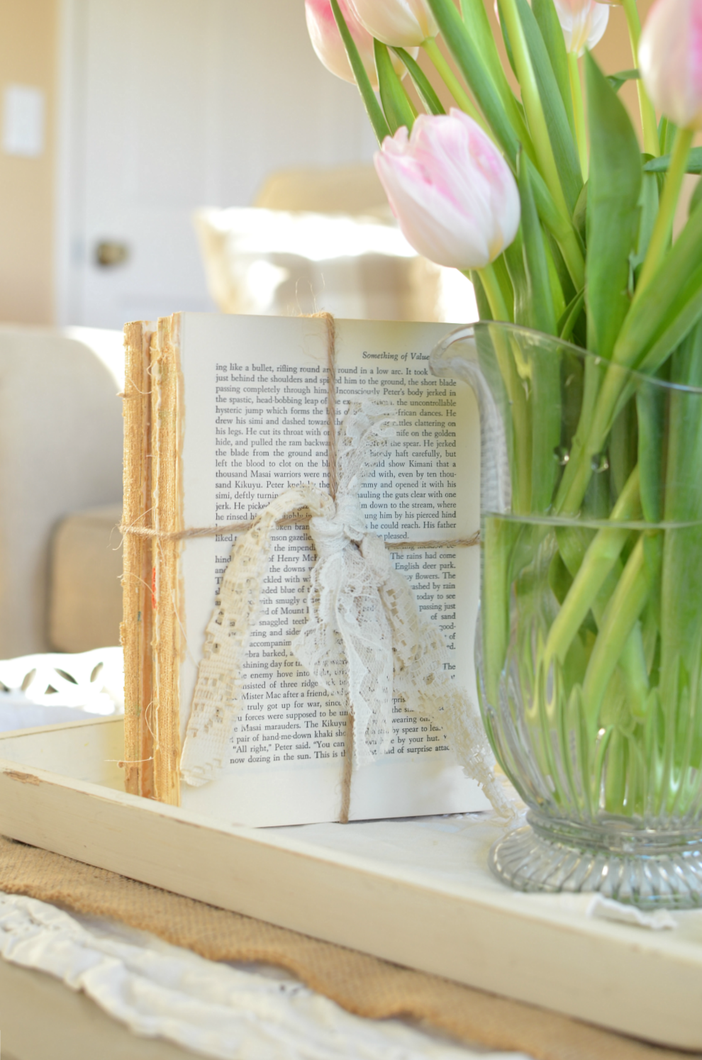 Farmhouse Decor on a budget: DIY Unbound Vintage Books Wrapped in Twine