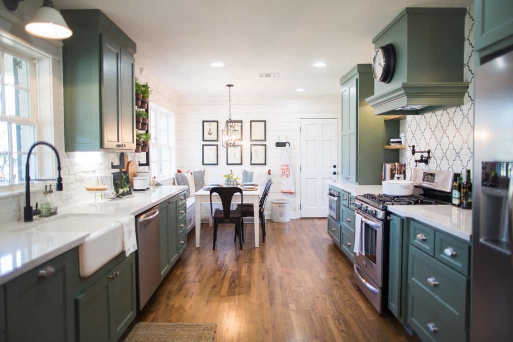 kitchen cabinets used on fixer upper the best fixer kitchens 21325