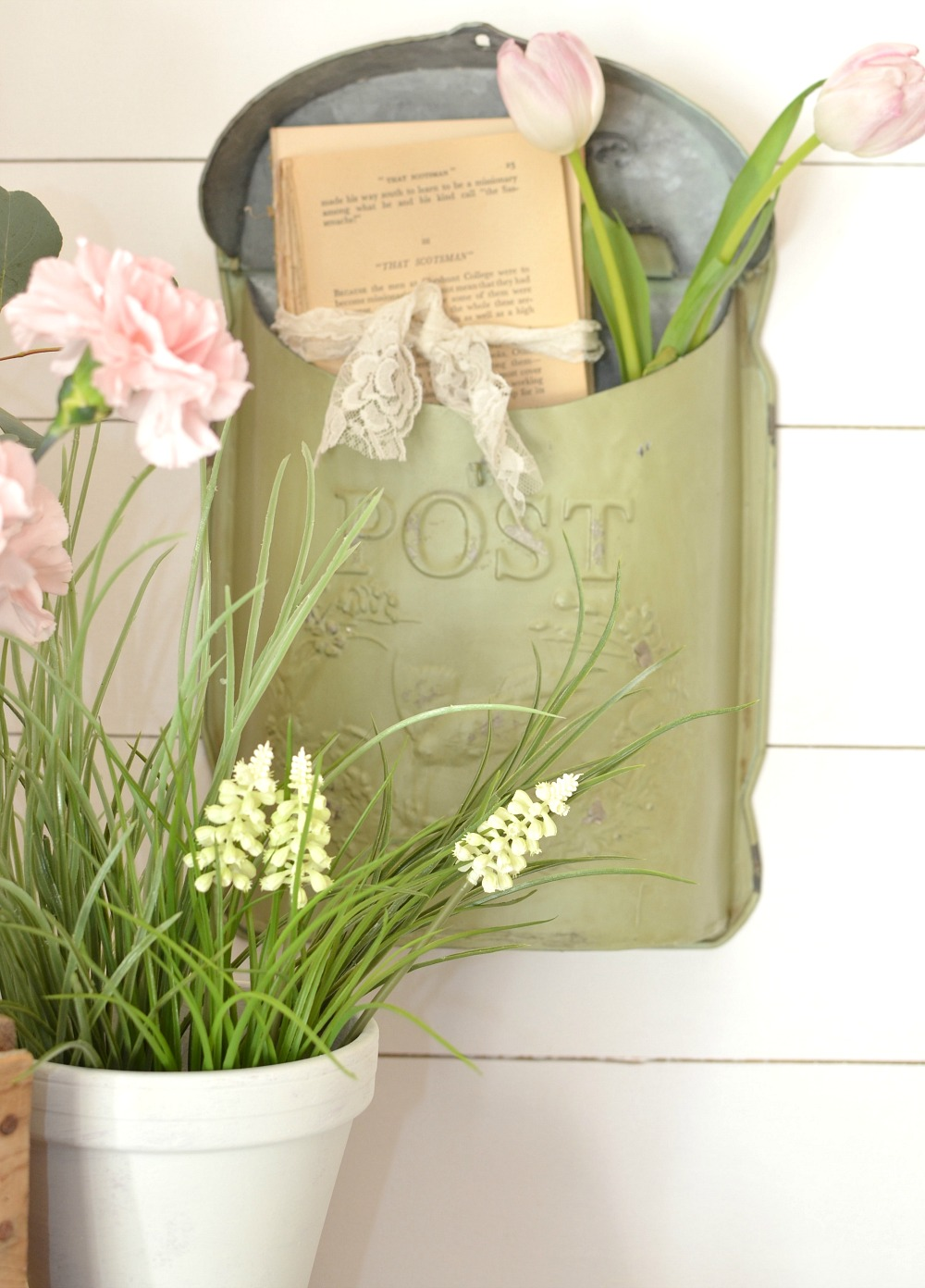 Spring decor and vintage postbox