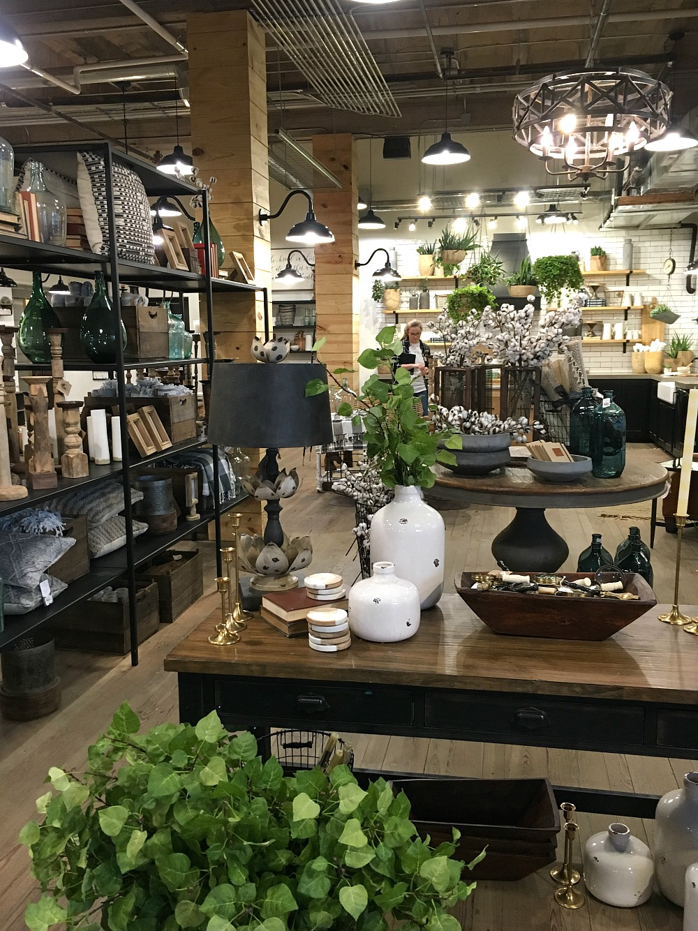 My Trip To Magnolia Market Amp Things To Know If You Visit