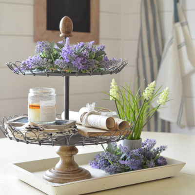 Friday Favorites: A Tiered Tray, Essential Oils & Random Goodies