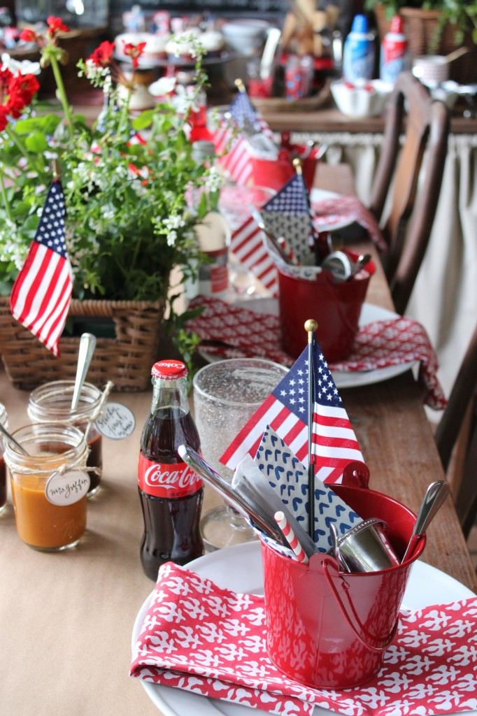 4th of July Decor Ideas with Farmhouse Style