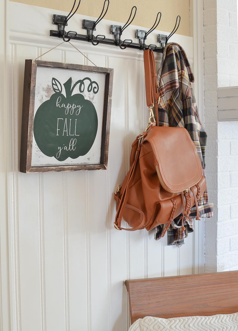 Simple Farmhouse Style Fall Entryway