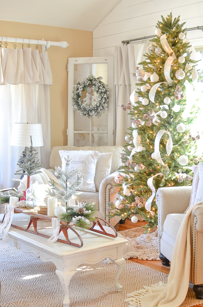 cozy farmhouse christmas in the front room 15 - Cozy Christmas Decor