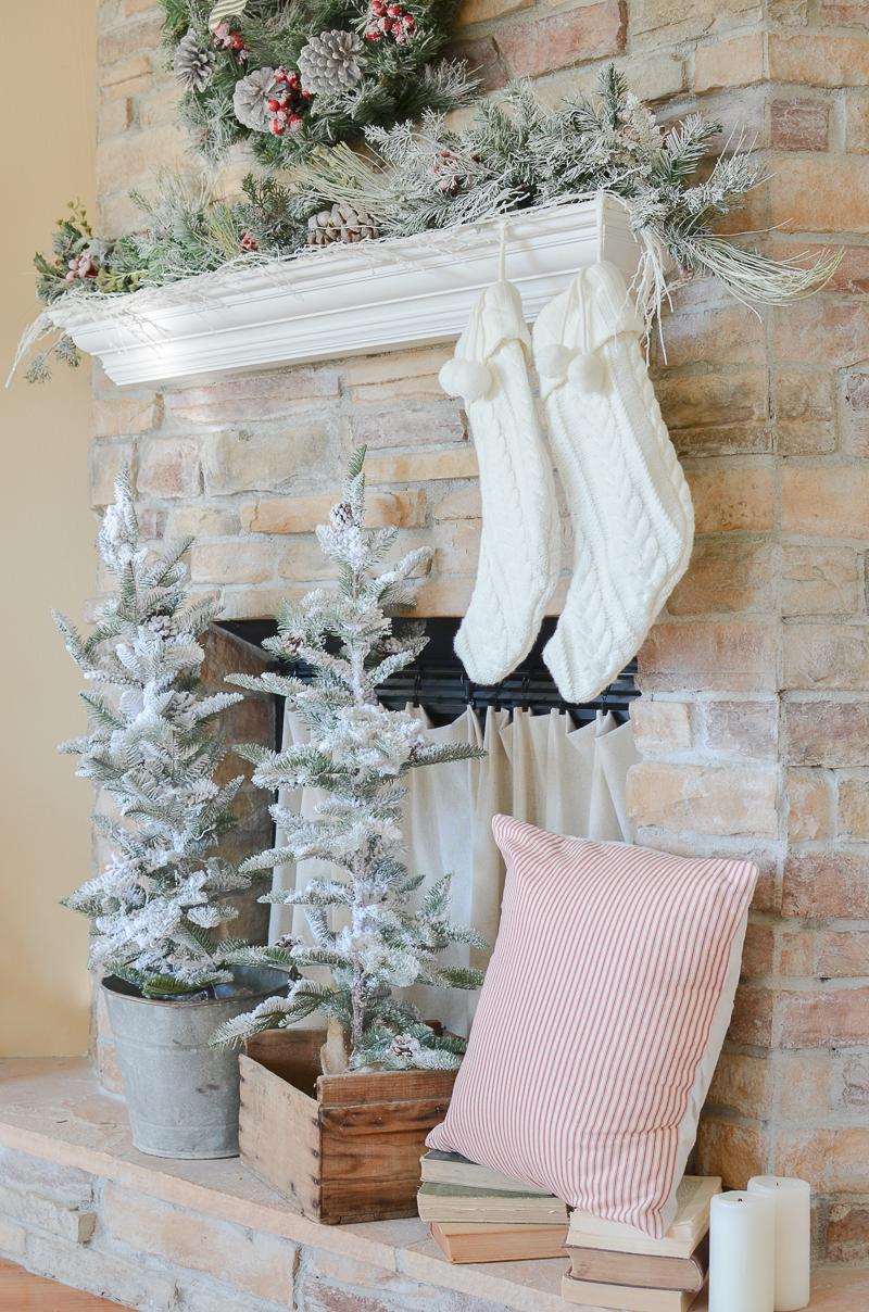 Cozy Farmhouse Christmas Living Room