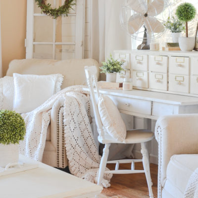 How to Give Any Room Farmhouse Style in Minutes