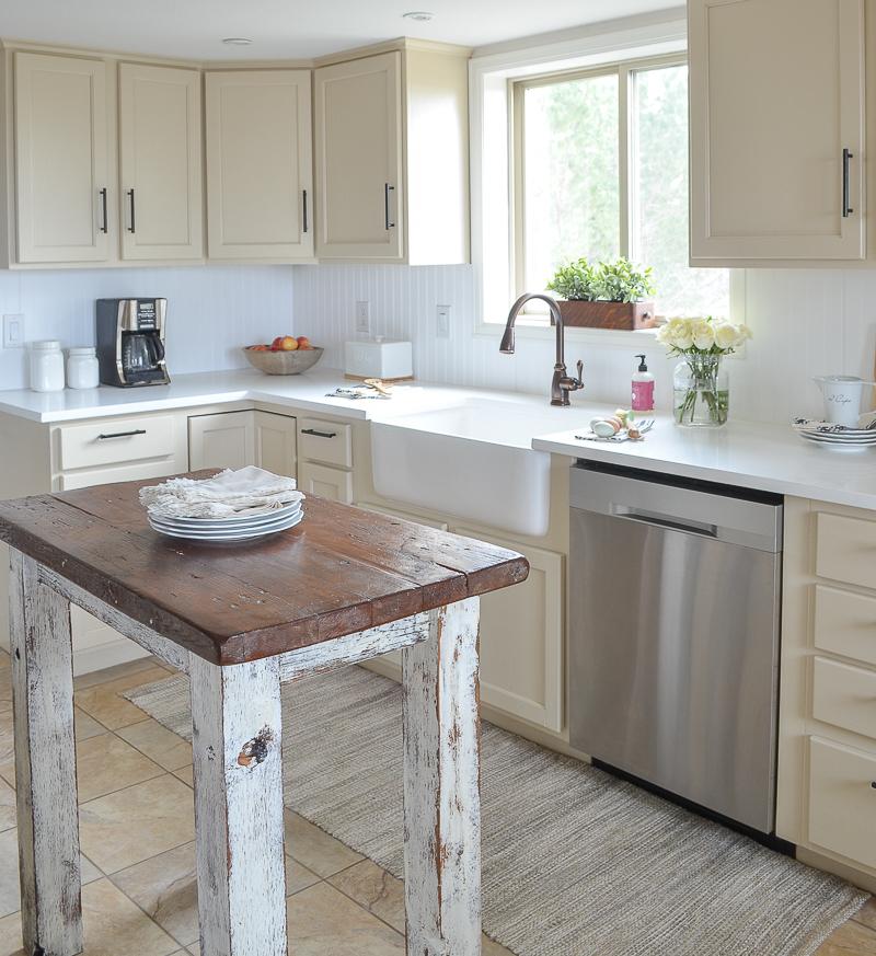 Farmhouse Style Kitchen Island