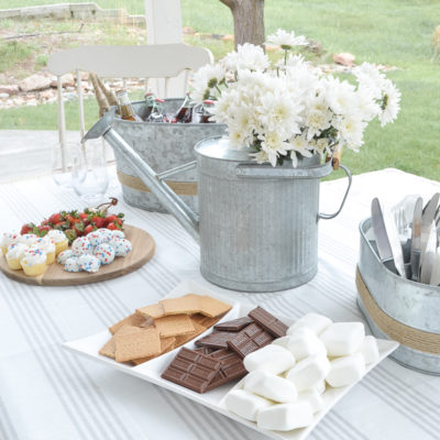 Must-Haves Items for Easy Outdoor Entertaining