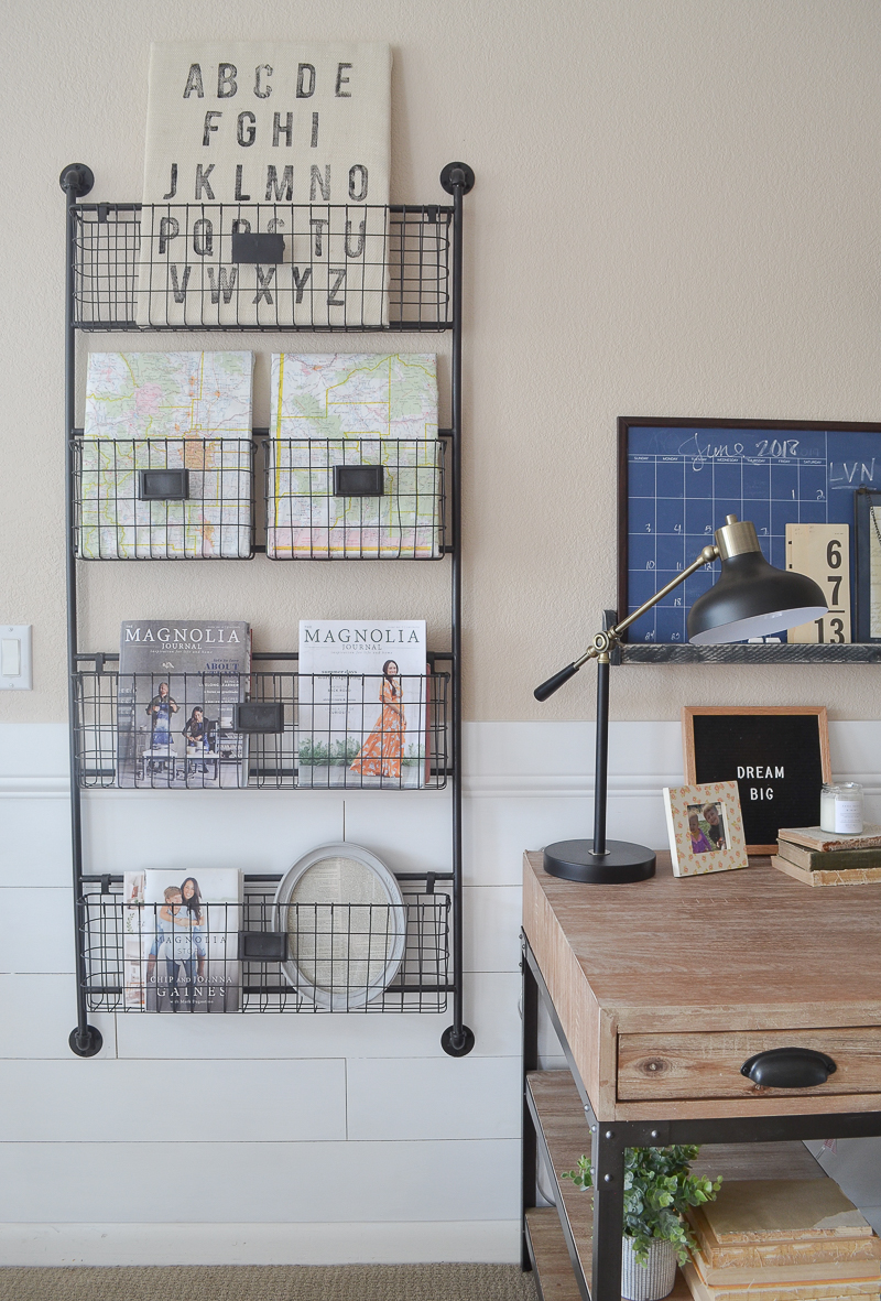 Farmhouse style home office. Great ideas for a small office space!