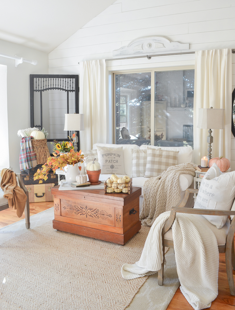 Cozy Fall Decor In The Front Room Little Vintage Nest